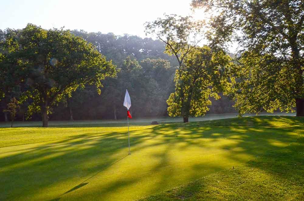 Hidden-Valley-Golf-Links,-Clever,-MO-Shadows