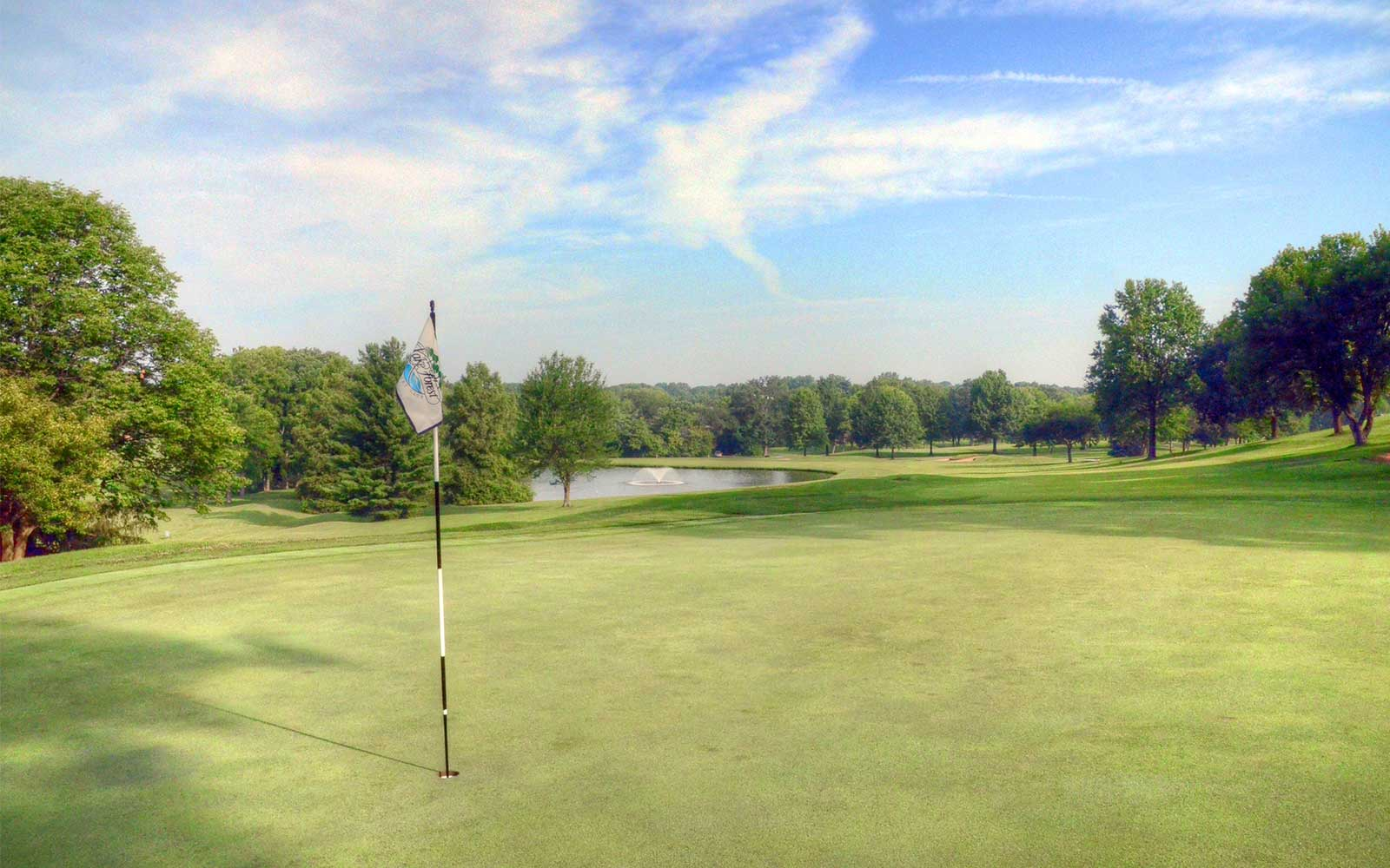 Lake-Forest-Country-Club,-Lake-St-Louis,-MO-Flag