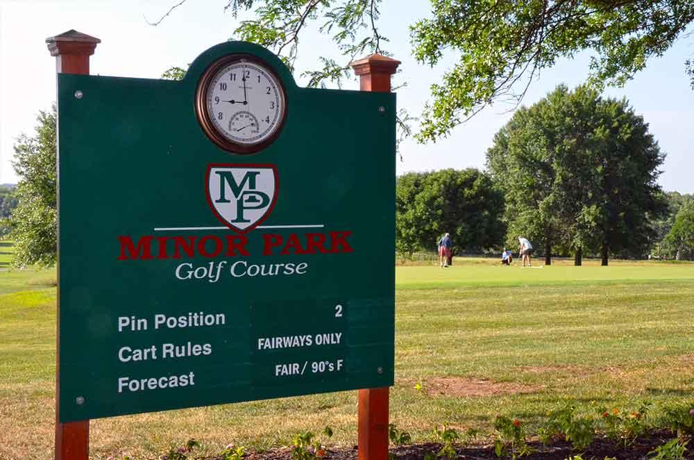 Minor-Park-Golf-Course,-Kansas-City,-MO-Sign