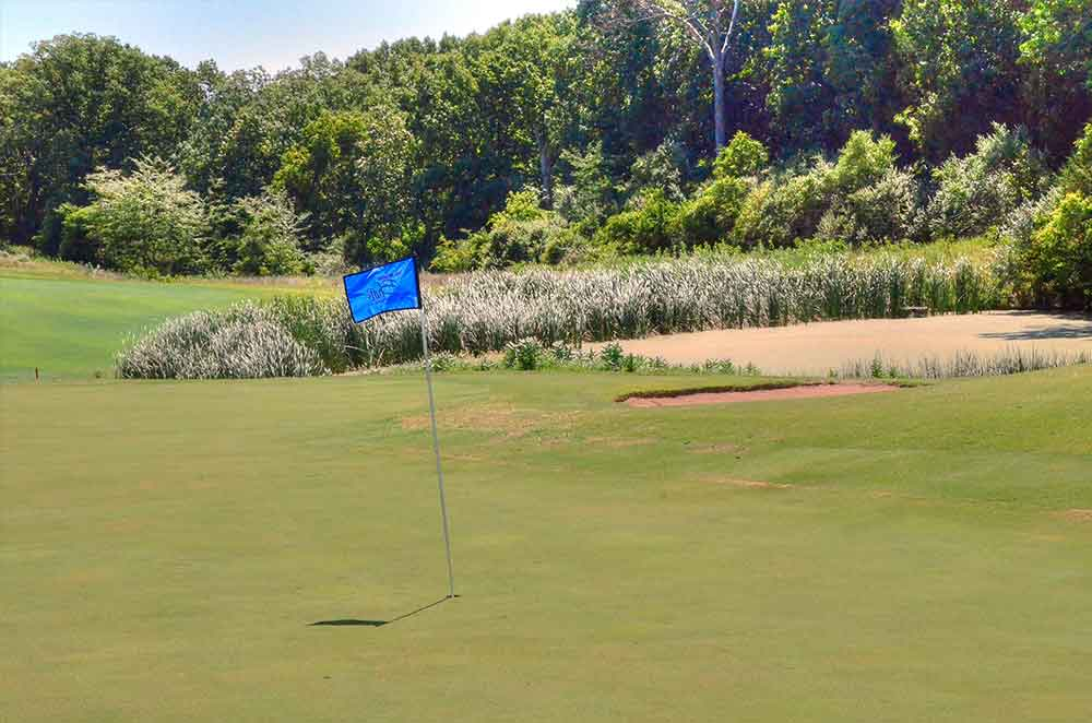 Missouri-Bluffs-Golf-Club,-St-Louis,-MO-Natural-Grass