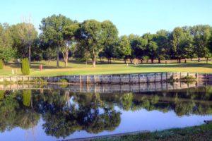 Moila-Golf-Club,-St-Joseph,-MO-Lake