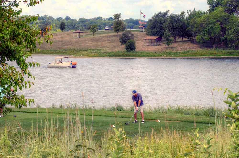 Mozingo-Lake-Recreational-Park-Golf-Course,-Maryville,-MO-Driver