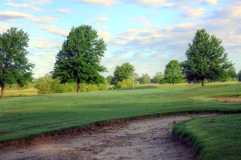 Neosho-Municipal-Golf-Course,-Neosho,-MO--Bunkers