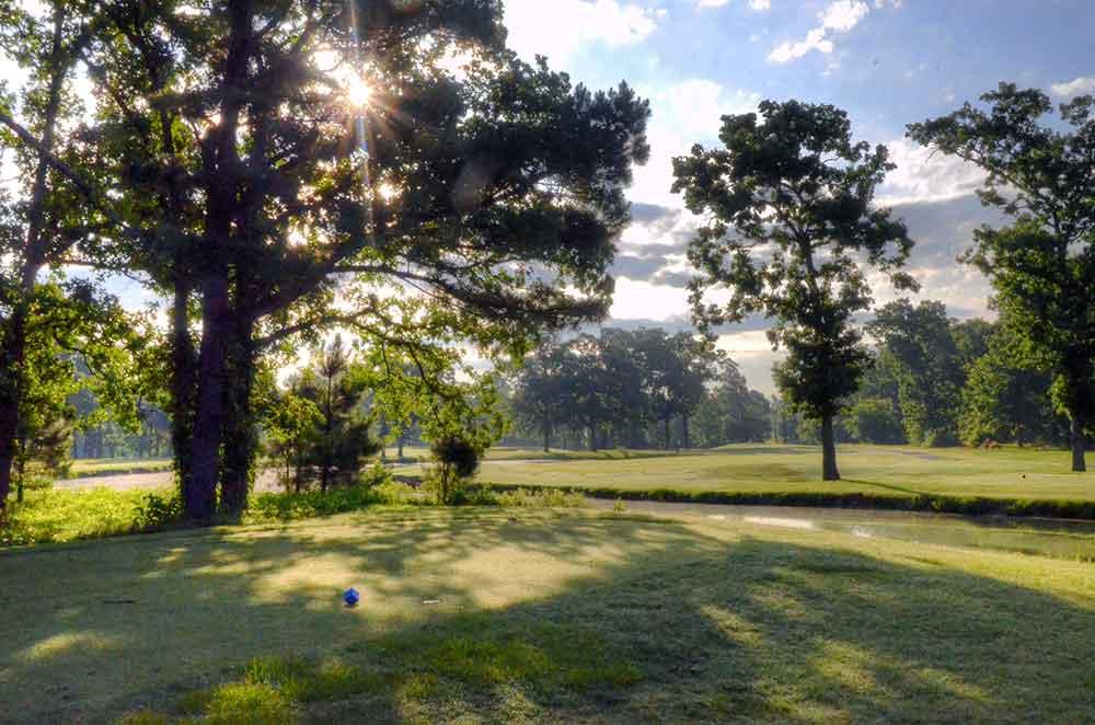 Neosho-Municipal-Golf-Course,-Neosho,-MO-Tee