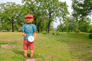 Oak-Hills-Country-Club-Dixon-MO-Statue