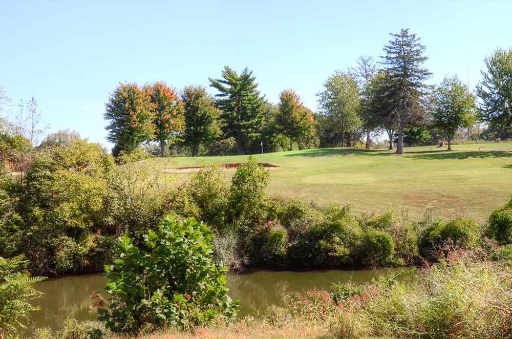 Oak-Valley-Golf-Course,-Pevely,-MO-Creek