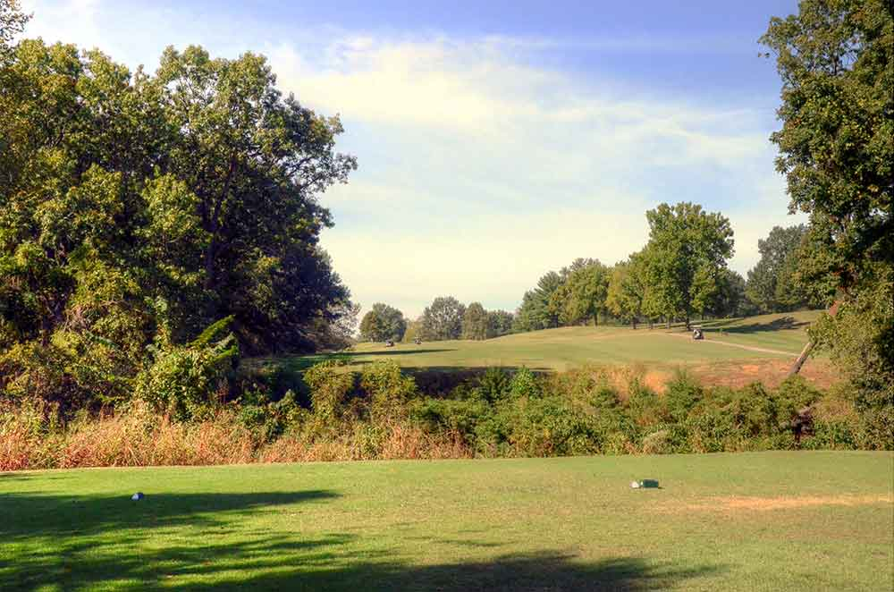 Oak-Valley-Golf-Course,-Pevely,-MO-ditch