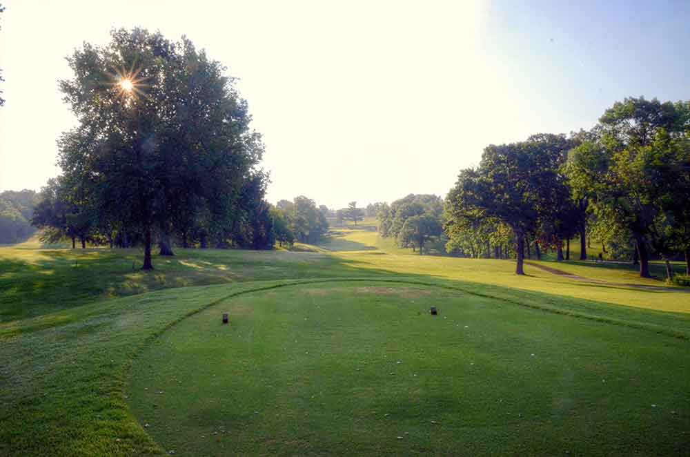 Oakwood-Country-Club,-Kansas-City,-MO-Sunburst