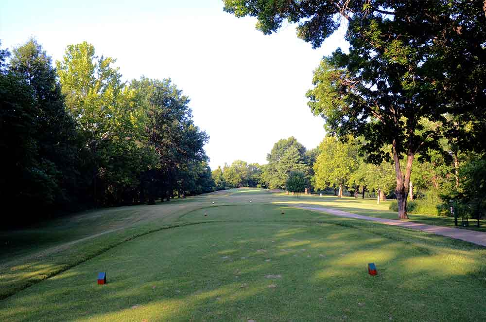 Oakwood-Country-Club,-Kansas-City,-MO-Tee