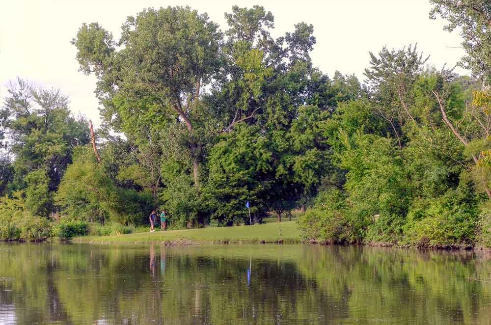 Riverside-Golf-Course,-St-Louis,-MO-Par-3