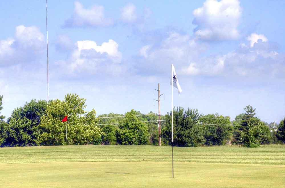 Schifferdecker-Golf-Course,-Joplin,-MO-Pin