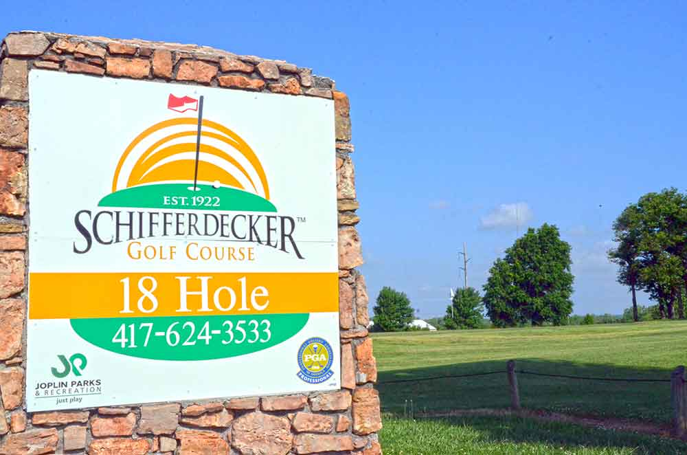 Schifferdecker-Golf-Course,-Joplin,-MO-Sign
