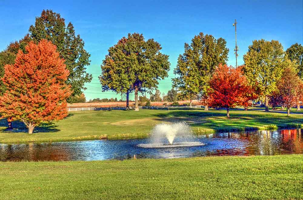 Shamrock-Hills-Golf-Club,-Kansas-City,-MO-Fountain