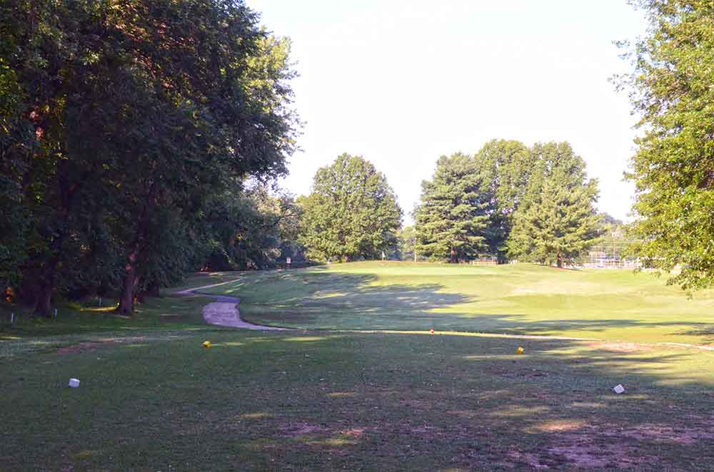 Sunset-Hill-Golf-Course,-St-Louis,-MO-Par-3