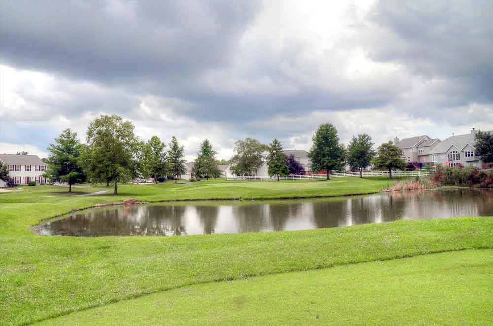 The-Falls-Golf-Club,-O'Fallon,-MO-Approach