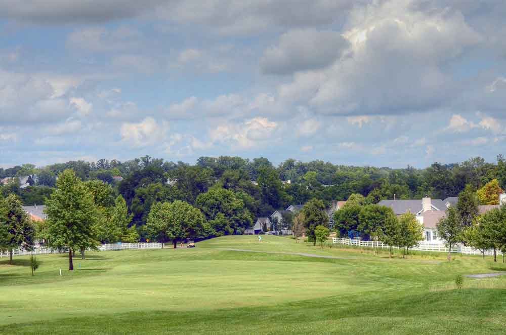 The-Falls-Golf-Club,-O'Fallon,-MO-Driving