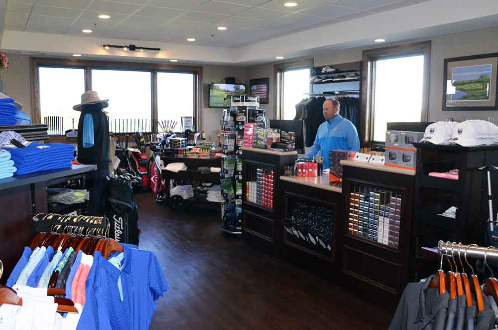 The-Golf-Club-at-Creekmoor,-Raymore,-MO-Pro-Shop