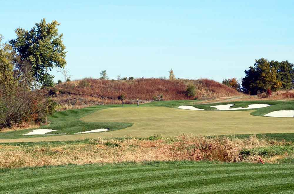 The-Golf-Club-at-Creekmoor,-Raymore,-MO-ditch