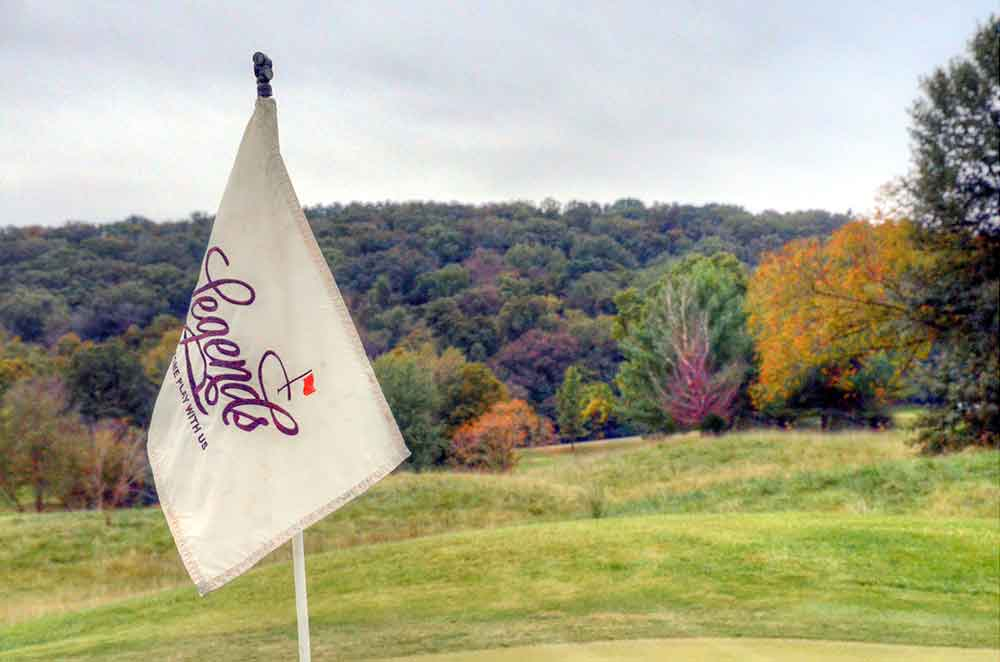 The-Legends-Country-Club,-St-Louis,-MO-Flag