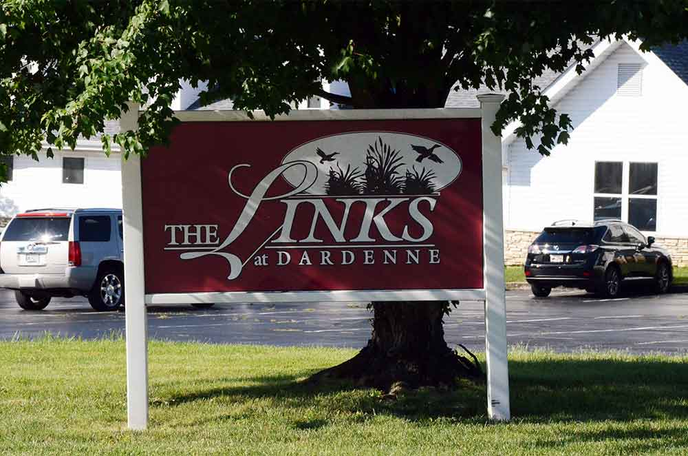 The-Links-at-Dardenne,-O'Fallon,-MO,-Sign
