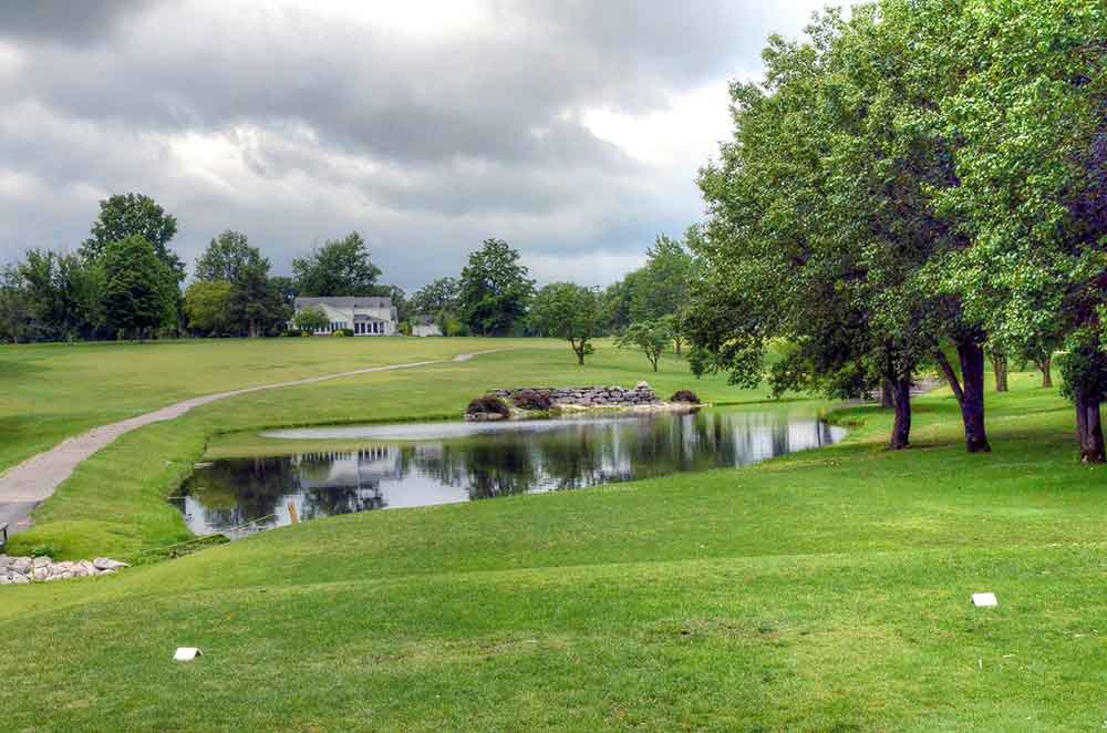 Warrenton-Golf-Course,-Warrenton,-MO--Lake