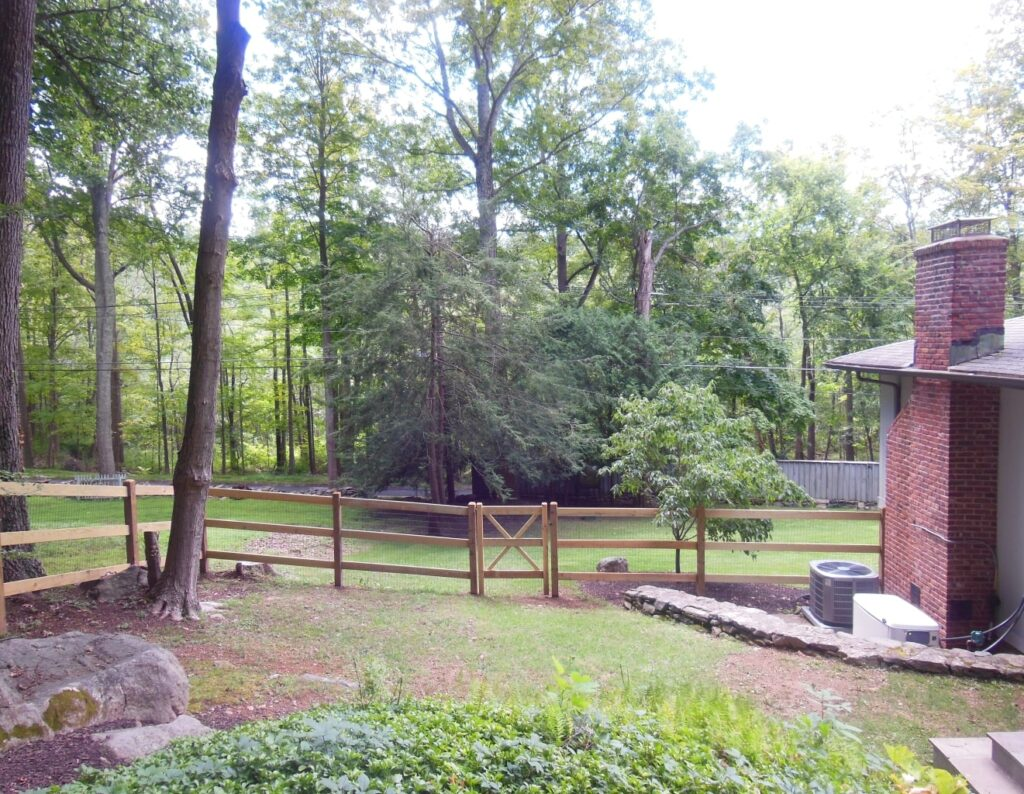 Post and Rail Cedar Fence with Gate