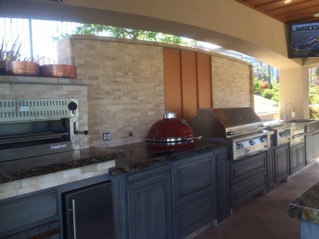 outdoor kitchen by Maranatha Landscape Bakersfield Kern County