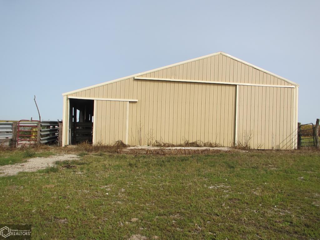 2111 195th St., Mt. Pleasant, Iowa 52641, ,Homes,For Sale,195th St.,1069