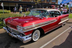 Glamour Cars: 1958 Oldsmobile Ninety-Eight Holiday