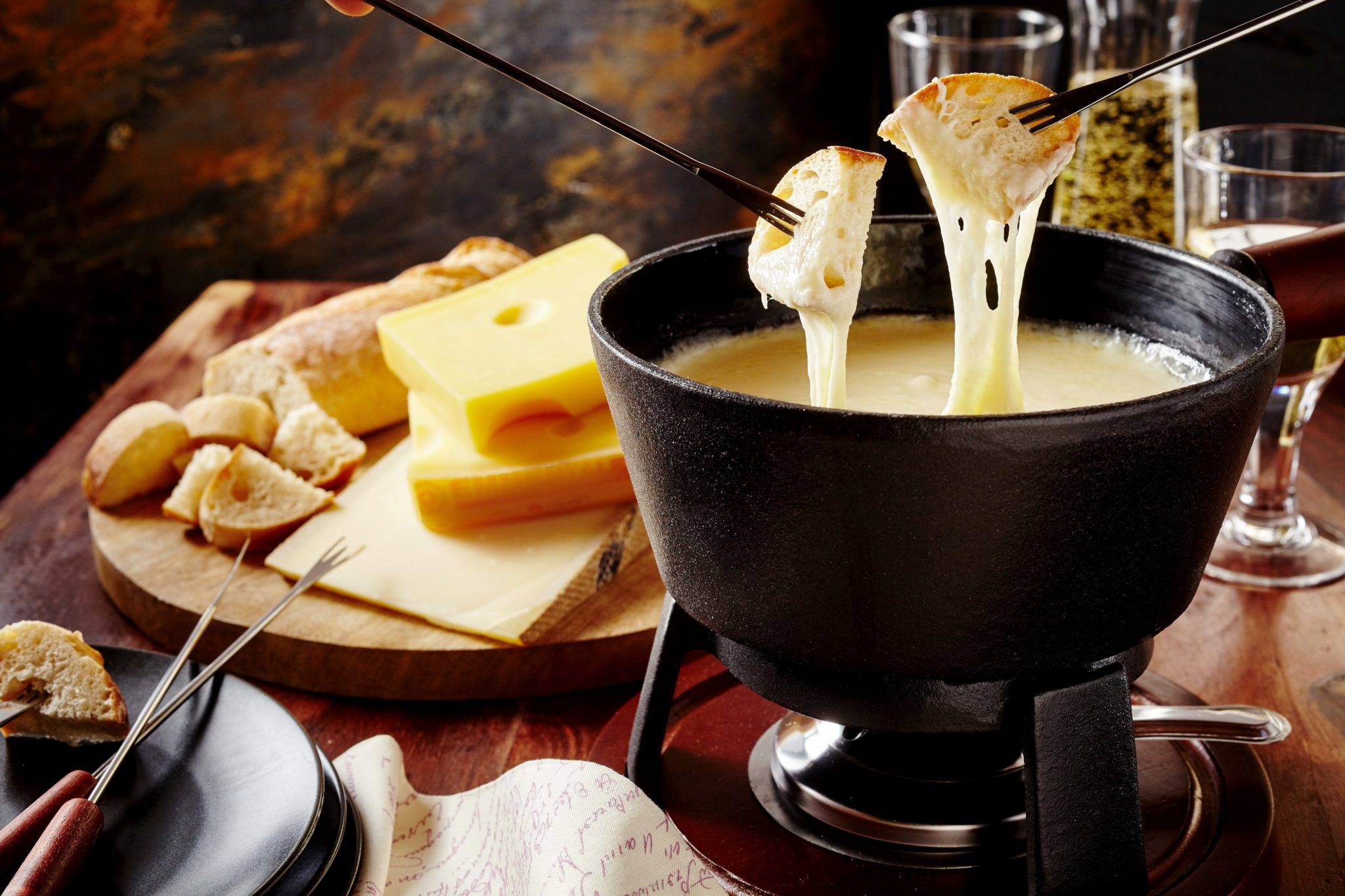 Caciotta cheese fondue recipe