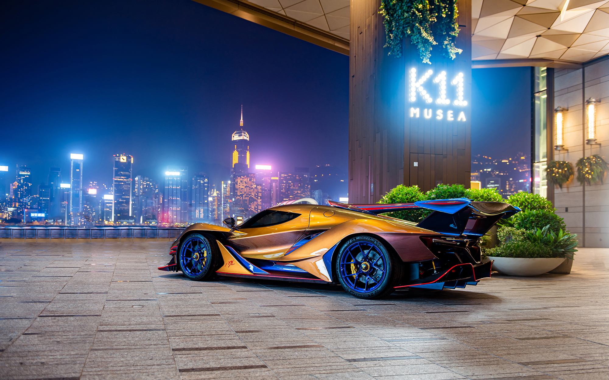 APOLLO FUTURE MOBILITY GROUP Hosts Technology Showcase at Home in Hong Kong