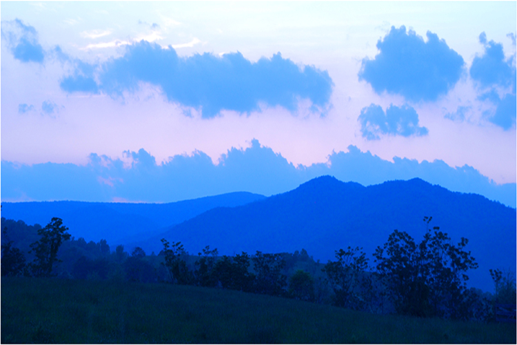 HONORABLE MENTION: Blue Mountains, Photography by Penny Parrish (December 2014/January 2015)