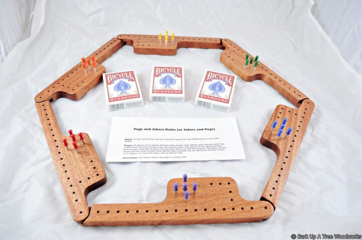Pegs & Jokers Game Set - Khaya