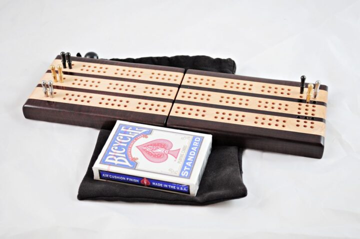 3-Player Travel Cribbage - Roasted Curly Maple & Curly Maple - Play