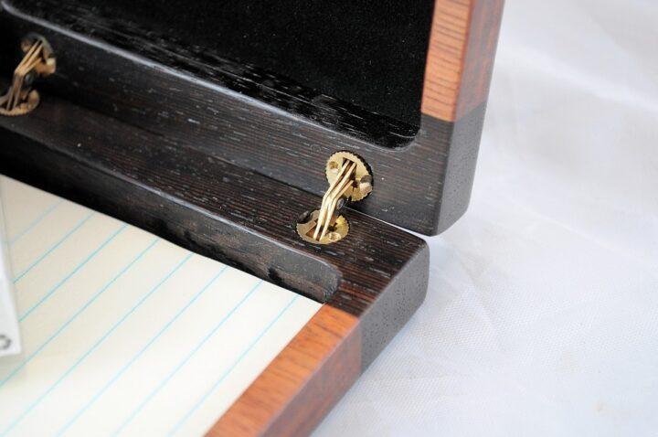 Playing Card Case #67 - Wenge & Monkeywood Hinges