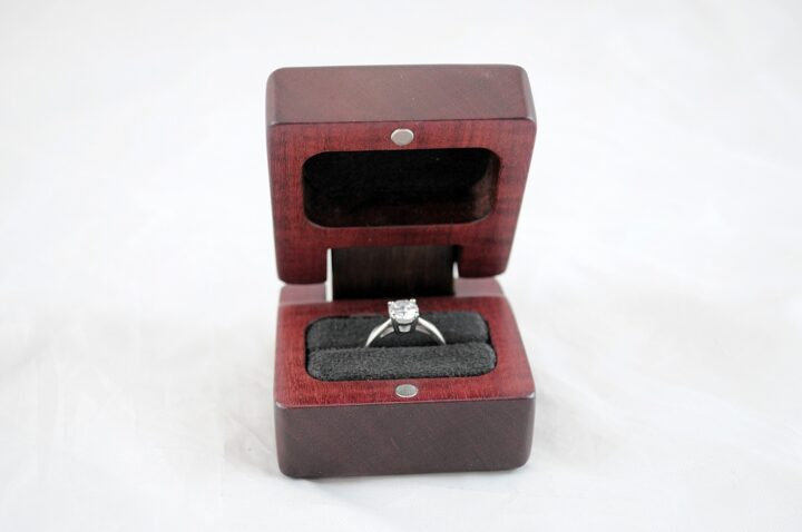 Ring Box - Purpleheart & Peruvian Walnut - Open Front