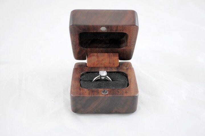 Ring Box - Claro Walnut & Lacewood - Front Open