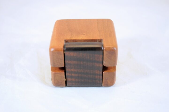 ERB-144 Black Cherry & Roasted Curly Maple - Hinge