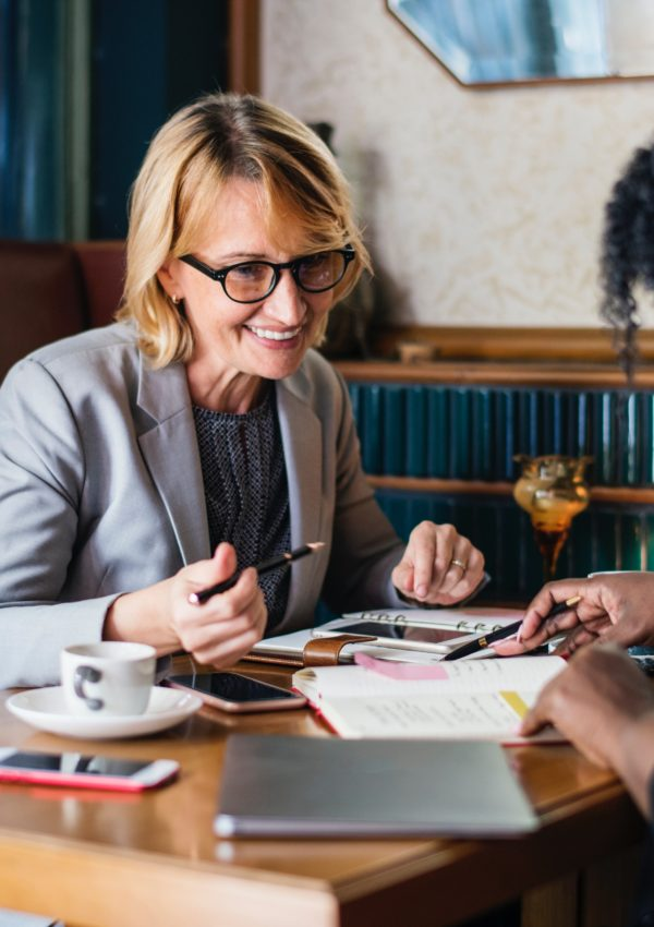 Signs Your Boss Wants You To Stay