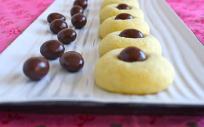 Chocolate Macadamia Nut Bites | Black Girl Chef's Whites