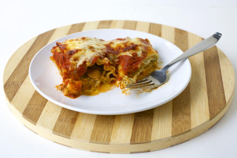 Pesto Chicken Lasagna Roll-ups