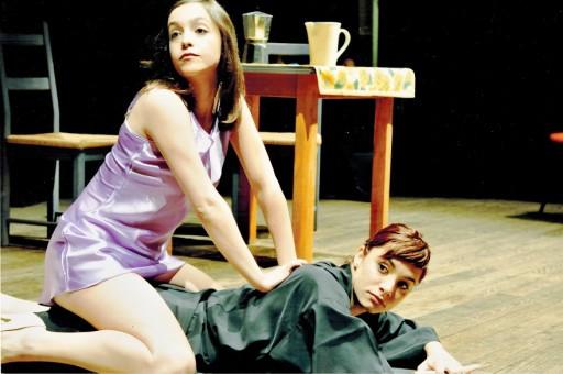 """Una scena di Vita in """"Gioco"""", con Matina Galletta ed Elisa Langone"""