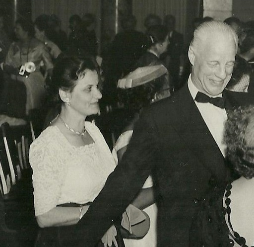 teresa_with_Russell