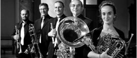 Con 5/4 Brass in Concert e le Sorelle Marinetti, giornata in musica al Teatro romano di Volterra