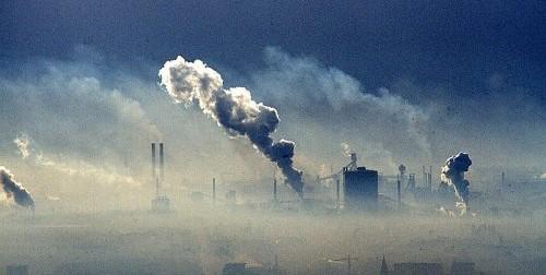 Studio su popolazione esposta a inquinamento atmosferico: confermati i legami con piu` alta mortalita` e incidenza tumori