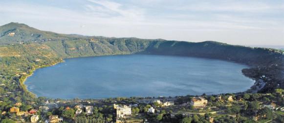 Il sonno dei Colli Albani: quando avverra` la prossima eruzione? The Colli Albani sleep: how long will it take before an eruption?