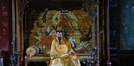 Turandot all'Arena di Verona: brillanti scenografie ma voci inadeguate