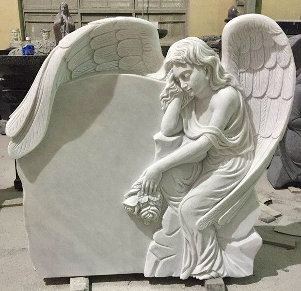 Angel Monument 17