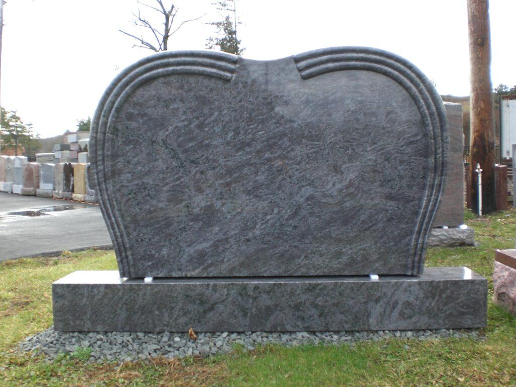 Family Monument 9