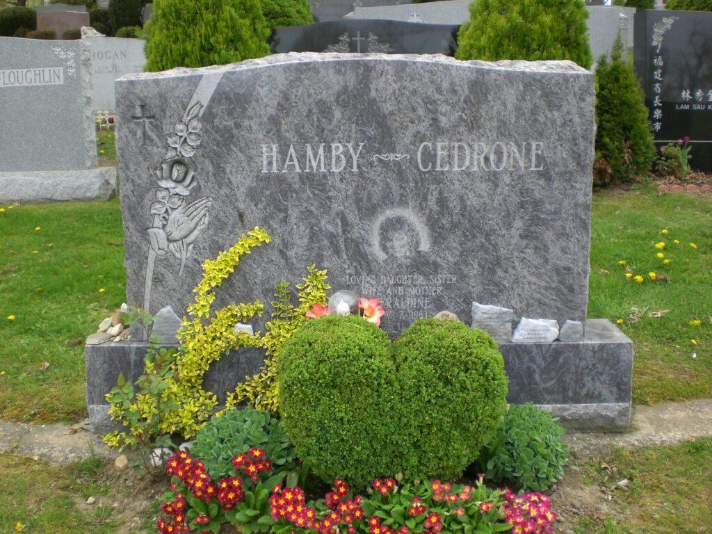 Family Monument 21
